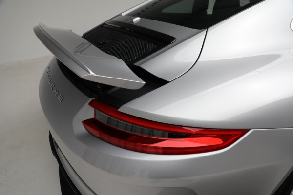 Used 2018 Porsche 911 GT3 Touring for sale Sold at Alfa Romeo of Greenwich in Greenwich CT 06830 25