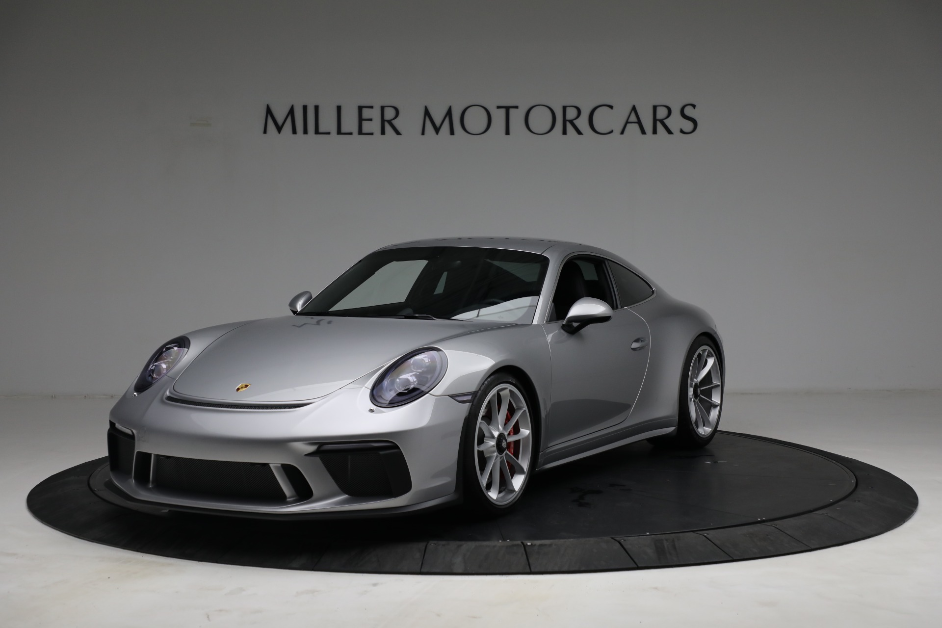 Used 2018 Porsche 911 GT3 Touring for sale Sold at Alfa Romeo of Greenwich in Greenwich CT 06830 1