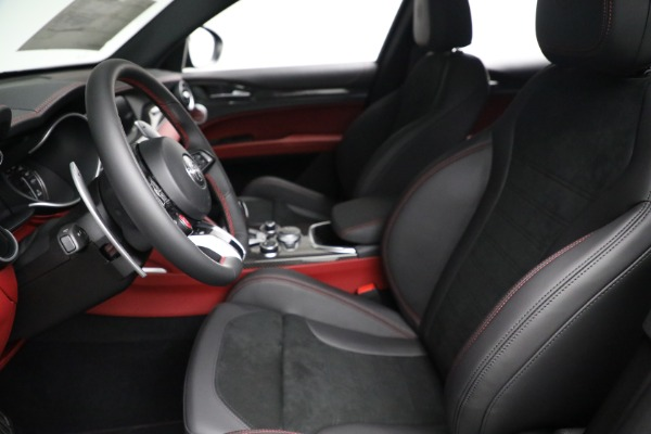 New 2021 Alfa Romeo Stelvio Quadrifoglio for sale $88,550 at Alfa Romeo of Greenwich in Greenwich CT 06830 14