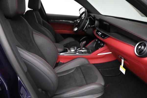 New 2021 Alfa Romeo Stelvio Quadrifoglio for sale $88,550 at Alfa Romeo of Greenwich in Greenwich CT 06830 21