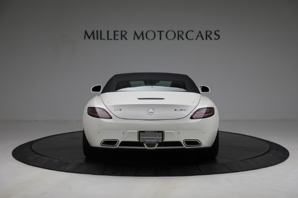 Used 2012 Mercedes-Benz SLS AMG for sale $159,900 at Alfa Romeo of Greenwich in Greenwich CT 06830 13