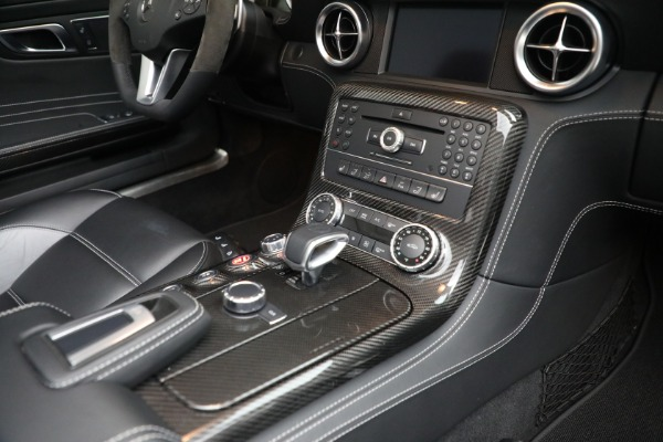 Used 2012 Mercedes-Benz SLS AMG for sale $159,900 at Alfa Romeo of Greenwich in Greenwich CT 06830 21