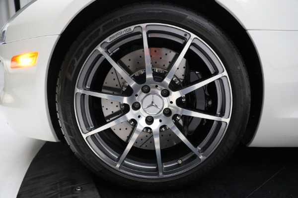 Used 2012 Mercedes-Benz SLS AMG for sale $159,900 at Alfa Romeo of Greenwich in Greenwich CT 06830 23