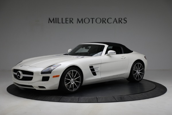 Used 2012 Mercedes-Benz SLS AMG for sale $159,900 at Alfa Romeo of Greenwich in Greenwich CT 06830 4