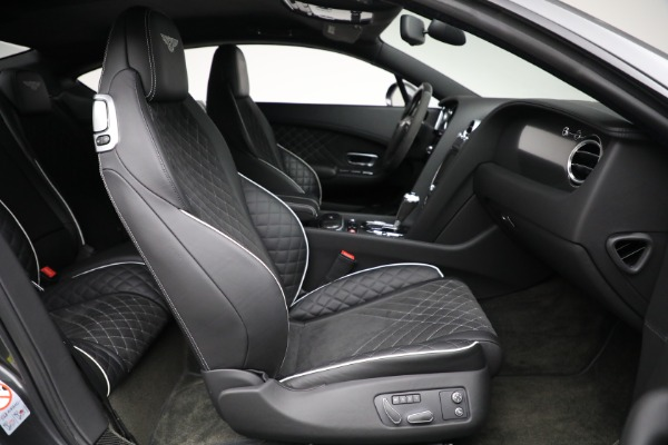 Used 2017 Bentley Continental GT Supersports for sale $189,900 at Alfa Romeo of Greenwich in Greenwich CT 06830 23