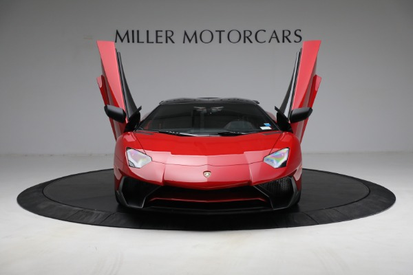 Used 2017 Lamborghini Aventador LP 750-4 SV for sale $599,900 at Alfa Romeo of Greenwich in Greenwich CT 06830 14
