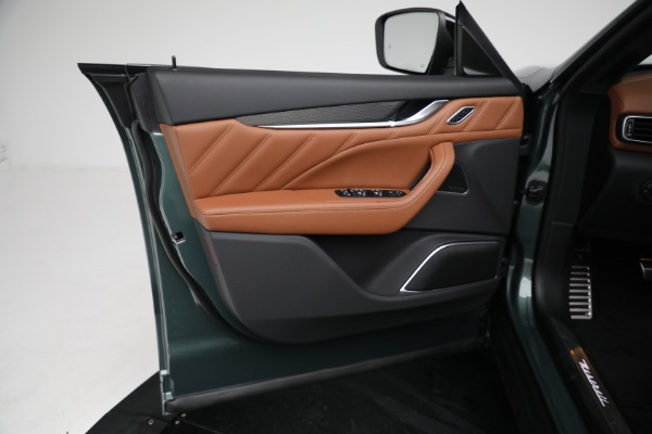 New 2021 Maserati Levante S GranSport for sale $112,899 at Alfa Romeo of Greenwich in Greenwich CT 06830 16