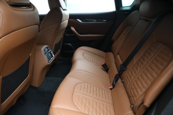 New 2021 Maserati Levante S GranSport for sale $112,899 at Alfa Romeo of Greenwich in Greenwich CT 06830 18