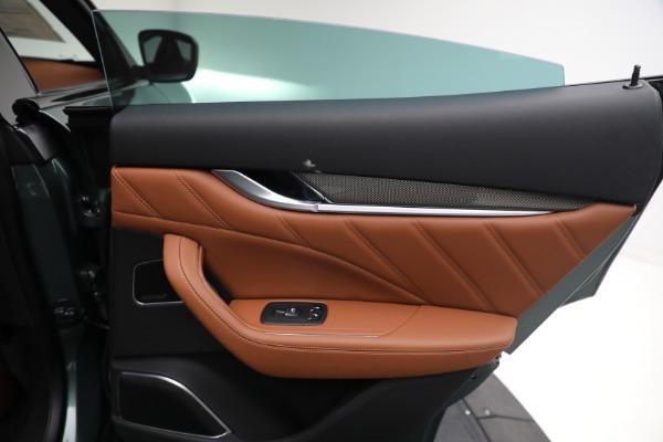 New 2021 Maserati Levante S GranSport for sale $112,899 at Alfa Romeo of Greenwich in Greenwich CT 06830 24