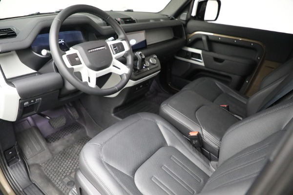 Used 2021 Land Rover Defender 90 First Edition for sale $69,900 at Alfa Romeo of Greenwich in Greenwich CT 06830 17