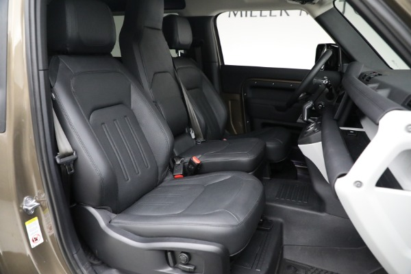Used 2021 Land Rover Defender 90 First Edition for sale $69,900 at Alfa Romeo of Greenwich in Greenwich CT 06830 23