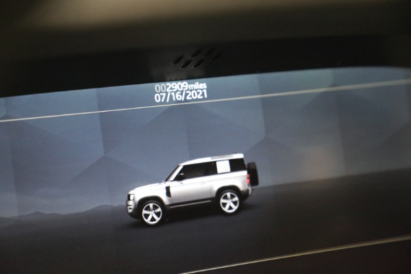 Used 2021 Land Rover Defender 90 First Edition for sale $69,900 at Alfa Romeo of Greenwich in Greenwich CT 06830 24