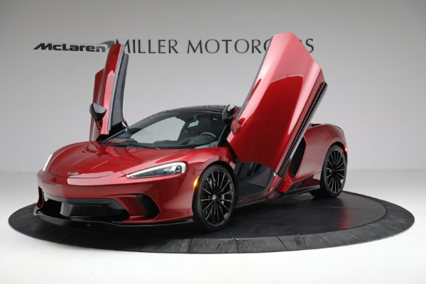 New 2021 McLaren GT for sale $217,275 at Alfa Romeo of Greenwich in Greenwich CT 06830 13