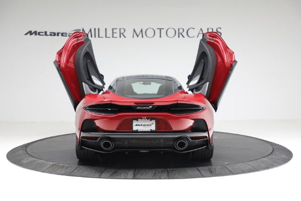New 2021 McLaren GT for sale $217,275 at Alfa Romeo of Greenwich in Greenwich CT 06830 16