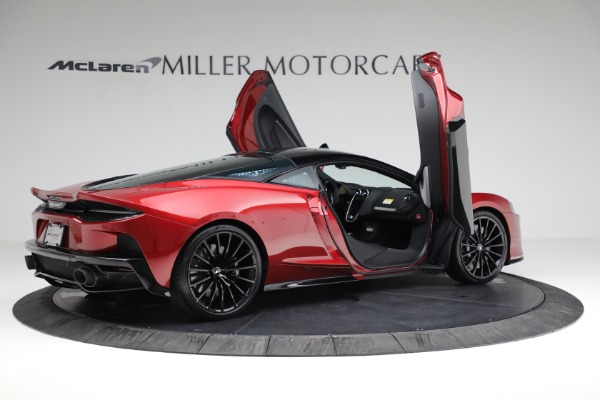 New 2021 McLaren GT for sale $217,275 at Alfa Romeo of Greenwich in Greenwich CT 06830 17