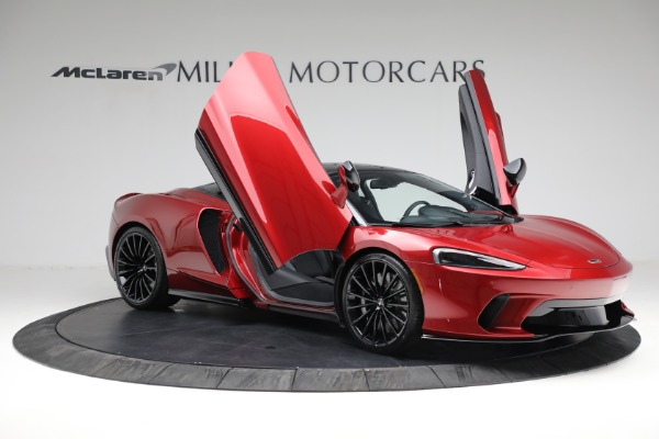 New 2021 McLaren GT for sale $217,275 at Alfa Romeo of Greenwich in Greenwich CT 06830 19