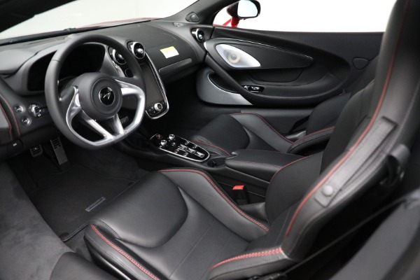 New 2021 McLaren GT Luxe for sale $217,275 at Alfa Romeo of Greenwich in Greenwich CT 06830 22