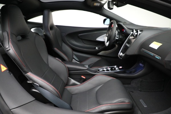 New 2021 McLaren GT Luxe for sale $217,275 at Alfa Romeo of Greenwich in Greenwich CT 06830 24