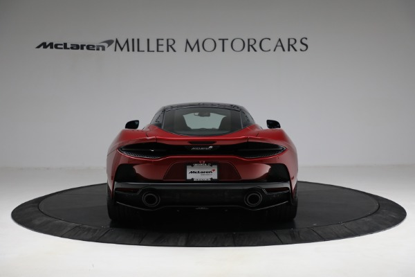 New 2021 McLaren GT for sale $217,275 at Alfa Romeo of Greenwich in Greenwich CT 06830 6