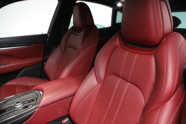 Used 2018 Maserati Levante GranSport for sale $59,900 at Alfa Romeo of Greenwich in Greenwich CT 06830 10