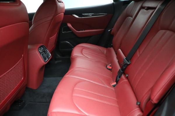 Used 2018 Maserati Levante GranSport for sale $59,900 at Alfa Romeo of Greenwich in Greenwich CT 06830 11