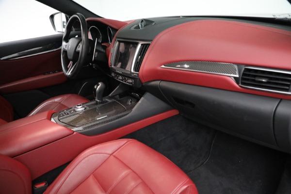 Used 2018 Maserati Levante GranSport for sale $59,900 at Alfa Romeo of Greenwich in Greenwich CT 06830 12