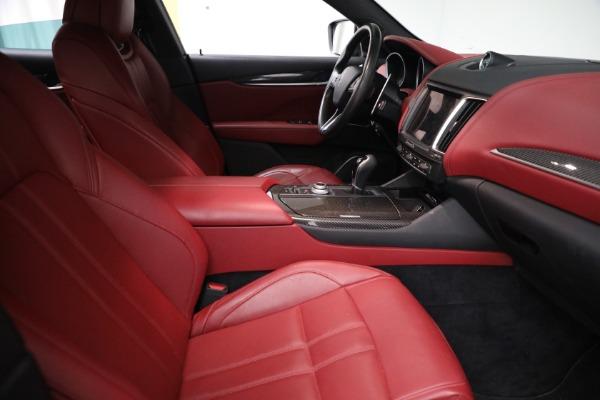Used 2018 Maserati Levante GranSport for sale $59,900 at Alfa Romeo of Greenwich in Greenwich CT 06830 13