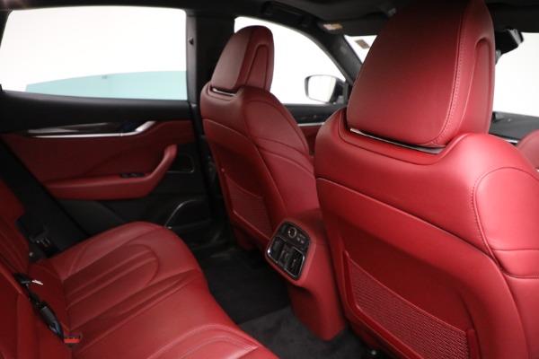 Used 2018 Maserati Levante GranSport for sale $59,900 at Alfa Romeo of Greenwich in Greenwich CT 06830 14