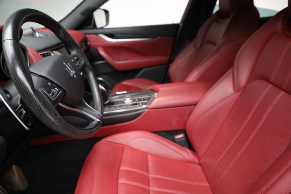 Used 2018 Maserati Levante GranSport for sale $59,900 at Alfa Romeo of Greenwich in Greenwich CT 06830 9