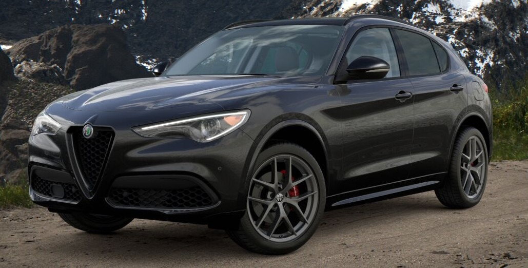 New 2021 Alfa Romeo Stelvio Ti for sale $52,705 at Alfa Romeo of Greenwich in Greenwich CT 06830 1