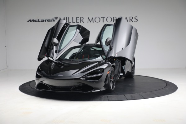 New 2021 McLaren 720S Performance for sale $344,500 at Alfa Romeo of Greenwich in Greenwich CT 06830 15