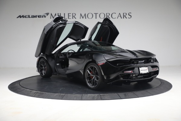New 2021 McLaren 720S Performance for sale $344,500 at Alfa Romeo of Greenwich in Greenwich CT 06830 20