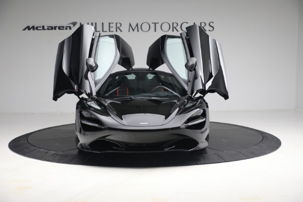 New 2021 McLaren 720S Performance for sale $344,500 at Alfa Romeo of Greenwich in Greenwich CT 06830 27