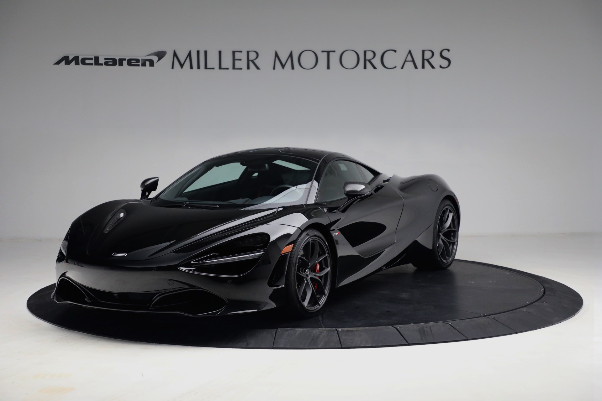 New 2021 McLaren 720S Performance for sale $344,500 at Alfa Romeo of Greenwich in Greenwich CT 06830 1
