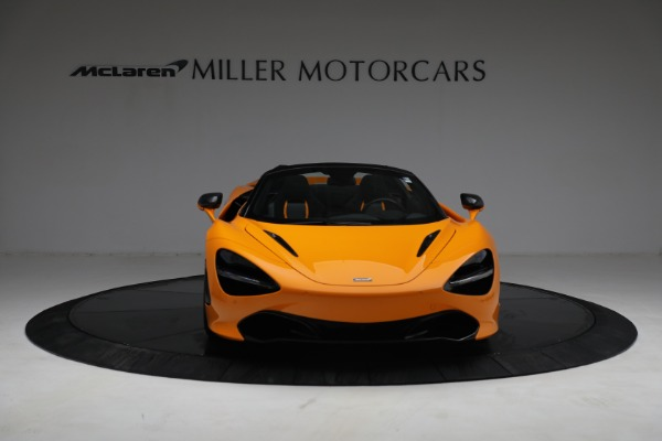 New 2021 McLaren 720S Spider for sale $378,110 at Alfa Romeo of Greenwich in Greenwich CT 06830 12