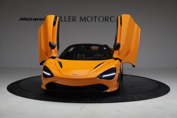 New 2021 McLaren 720S Spider for sale $378,110 at Alfa Romeo of Greenwich in Greenwich CT 06830 13
