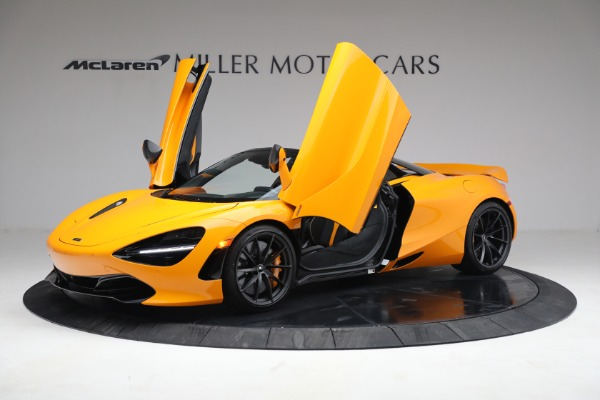 New 2021 McLaren 720S Spider for sale $378,110 at Alfa Romeo of Greenwich in Greenwich CT 06830 14