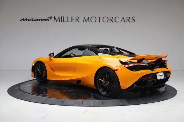 New 2021 McLaren 720S Spider for sale $378,110 at Alfa Romeo of Greenwich in Greenwich CT 06830 17