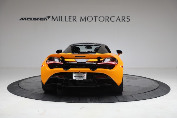 New 2021 McLaren 720S Spider for sale $378,110 at Alfa Romeo of Greenwich in Greenwich CT 06830 18