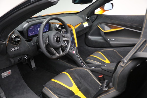 New 2021 McLaren 720S Spider for sale $378,110 at Alfa Romeo of Greenwich in Greenwich CT 06830 24