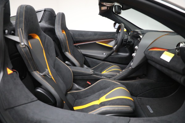 New 2021 McLaren 720S Spider for sale $378,110 at Alfa Romeo of Greenwich in Greenwich CT 06830 28