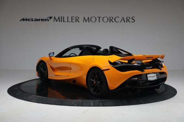 New 2021 McLaren 720S Spider for sale $378,110 at Alfa Romeo of Greenwich in Greenwich CT 06830 5
