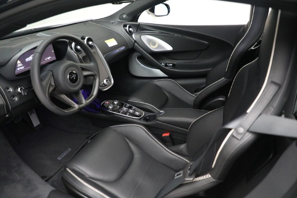 New 2021 McLaren GT Luxe for sale $217,205 at Alfa Romeo of Greenwich in Greenwich CT 06830 17