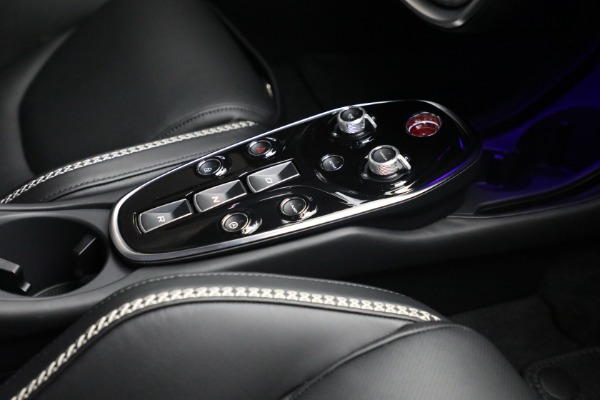 New 2021 McLaren GT Luxe for sale $217,205 at Alfa Romeo of Greenwich in Greenwich CT 06830 25