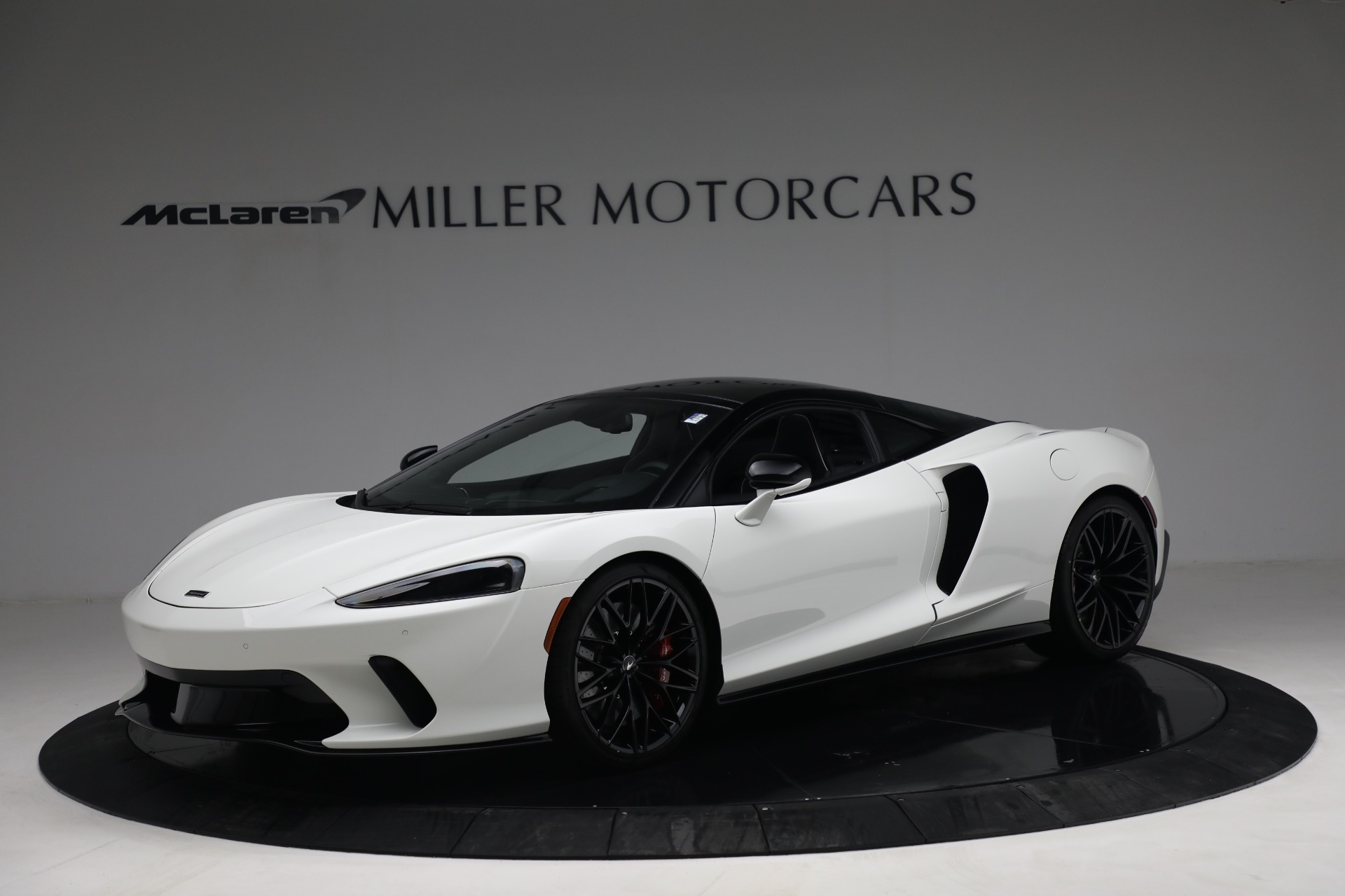 New 2021 McLaren GT Luxe for sale $217,205 at Alfa Romeo of Greenwich in Greenwich CT 06830 1