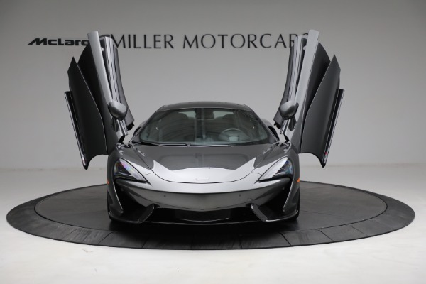 Used 2020 McLaren 570S for sale Sold at Alfa Romeo of Greenwich in Greenwich CT 06830 13