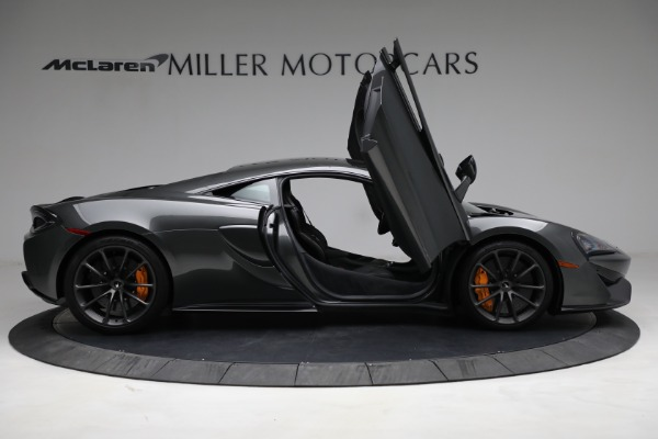 Used 2020 McLaren 570S for sale Sold at Alfa Romeo of Greenwich in Greenwich CT 06830 18