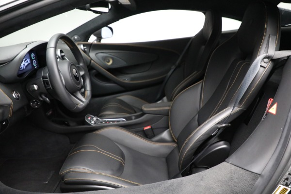 Used 2020 McLaren 570S for sale Sold at Alfa Romeo of Greenwich in Greenwich CT 06830 20