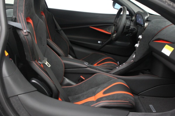 New 2021 McLaren 720S Performance for sale $352,600 at Alfa Romeo of Greenwich in Greenwich CT 06830 21