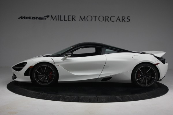 New 2021 McLaren 720S Performance for sale $352,600 at Alfa Romeo of Greenwich in Greenwich CT 06830 3